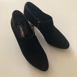 Aquatalia size 6.5 women's suede boots